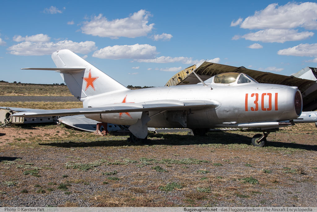 Mikoyan Gurevich / WSK PZL-Mielec Lim-2 (MiG-15bis) Peoples Liberation Army Air Force 1301 1B-01301 Planes of Fame Air Museum Valle Valle, AZ 2016-10-11 � Karsten Palt, ID 13300