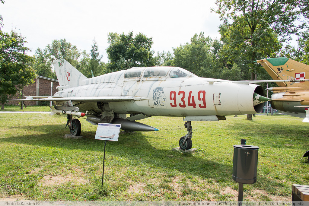 Mikoyan Gurevich MiG-21UM Polish Air Force 9349 516999349 Polish Aviation Museum Krakow 2015-08-22 � Karsten Palt, ID 11630
