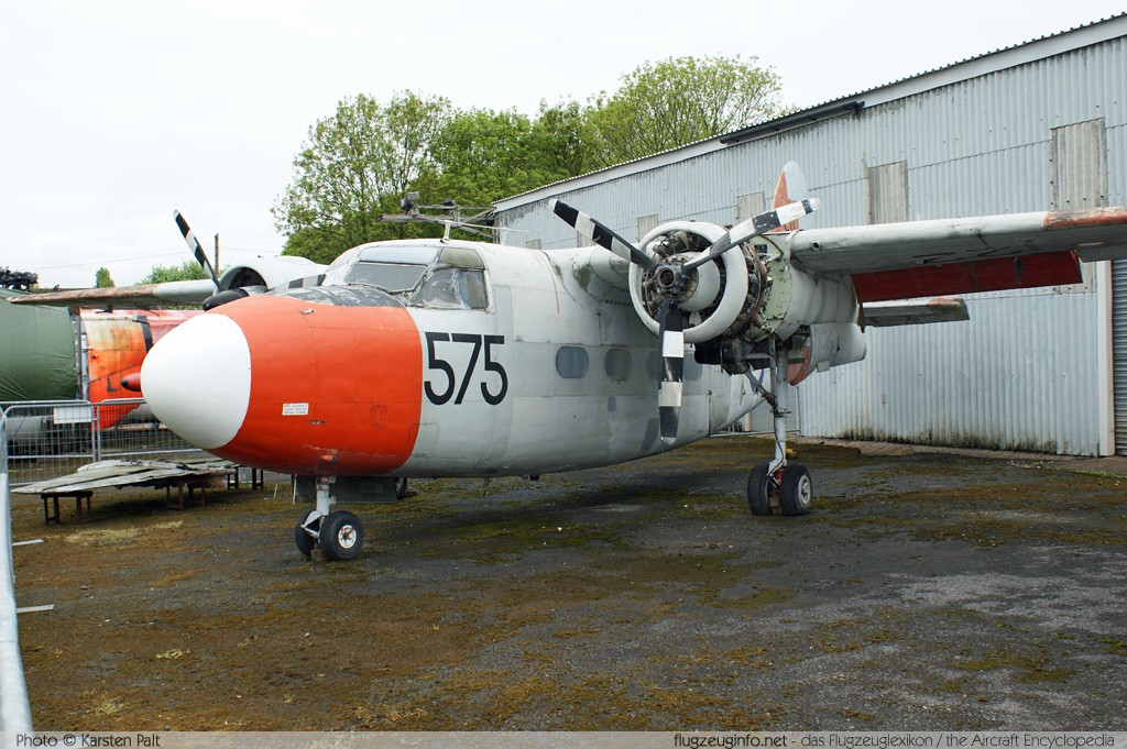 Percival P.57 Sea Prince T1 Royal Navy WF122 P57/18 South Yorkshire Aircraft Museum Doncaster 2013-05-18 � Karsten Palt, ID 6997