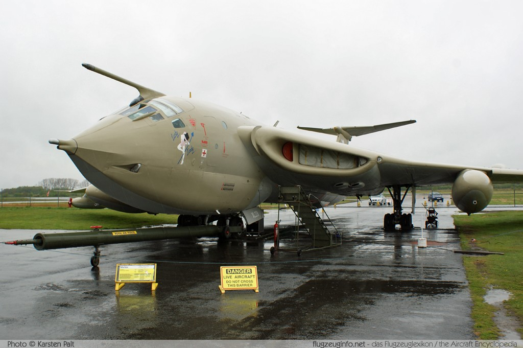 Handley Page H.P.80 Victor K2 Royal Air Force XL231  Yorkshire Air Museum Elvington 2013-05-18 � Karsten Palt, ID 7033