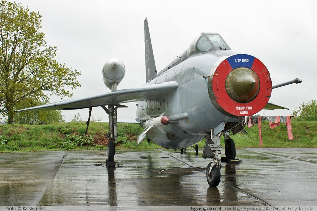 BAC / English Electric Lightning F.6 Royal Air Force XS903 95249 Yorkshire Air Museum Elvington 2013-05-18 � Karsten Palt, ID 7042