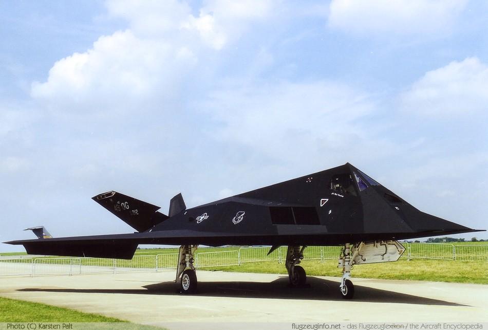 Lockheed F-117 Nighthawk - Specifications - Technical Data ...