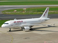 Airbus A319-111 Air Berlin D-ABGG 3202  Düsseldorf International (EDDL / DUS) 2007-09-06, Photo by: Karsten Palt