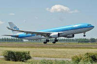 Airbus A330-203 KLM - Royal Dutch Airlines PH-AOA 682  Amsterdam-Schiphol (EHAM / AMS) 2009-06-23, Photo by: Karsten Palt