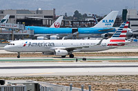 Airbus A321-231 (sl) American Airlines N106NN 5932  LAX International Airport (KLAX / LAX) 2015-06-05, Photo by: Karsten Palt