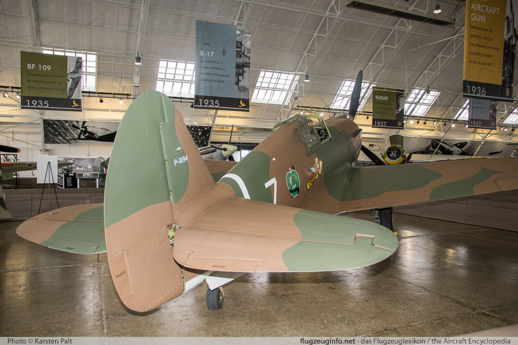 Curtiss P-40C Tomahawk Flying Heritage Collection NX2689 16194 Flying Heritage Collection Everett, WA 2016-04-12 � Karsten Palt, ID 12353
