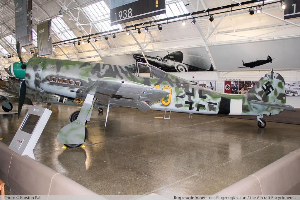 Focke-Wulf Fw 190D-13 Flying Heritage Collection N190D 836017 Flying Heritage Collection Everett, WA 2016-04-12 � Karsten Palt, ID 12360