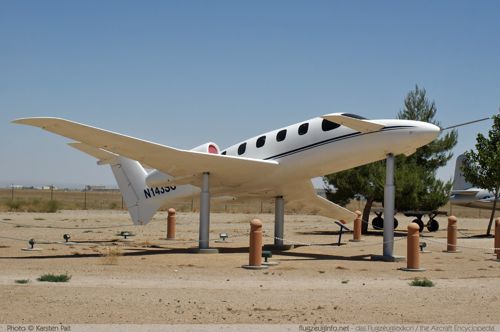 Scaled Composites 143 Triumph  N143SC 001 Joe Davies Heritage Airpark Plant 42 Palmdale, CA 2012-06-10 � Karsten Palt, ID 5841