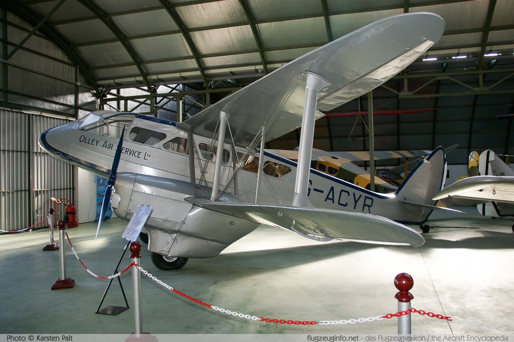 De Havilland DH 89 Dragon Rapide Olley Air Service G-ACYR 6261 Museo del Aire Madrid 2014-10-23 � Karsten Palt, ID 10659