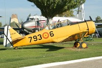 North American T-6G Texan Spanish Air Force E.16-90 168-462 Museo del Aire Madrid 2014-10-23, Photo by: Karsten Palt
